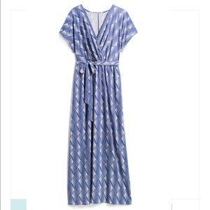 Gilli Maxi Dress With Wrap V Neck